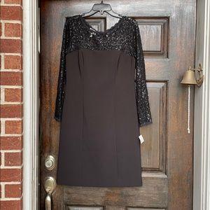 Donna Morgan Women's Lace Long Sleeve Midi Dress
